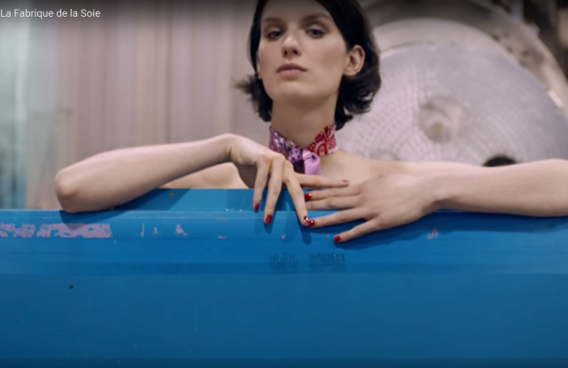 hermes-debuts-online-video-showcasing-silk-manufacturing